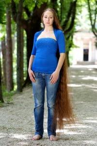 Реальные фото девушек с длинными волосами