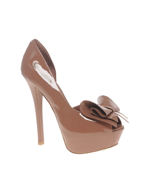 Re: Одела бы такие туфли?