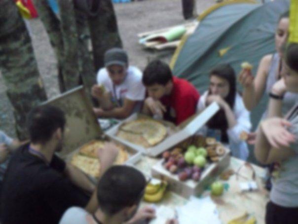 Поедание осетинских пирогов