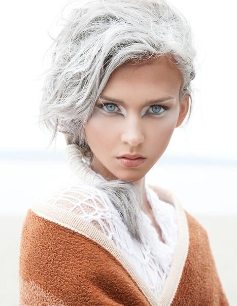 Длинные светлые волосы (или средней длинны).  Ищем МОДЕЛЬ.  13го января.