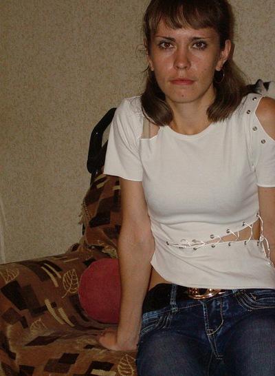 Аня Исакова