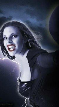 Твоя Вампирша
