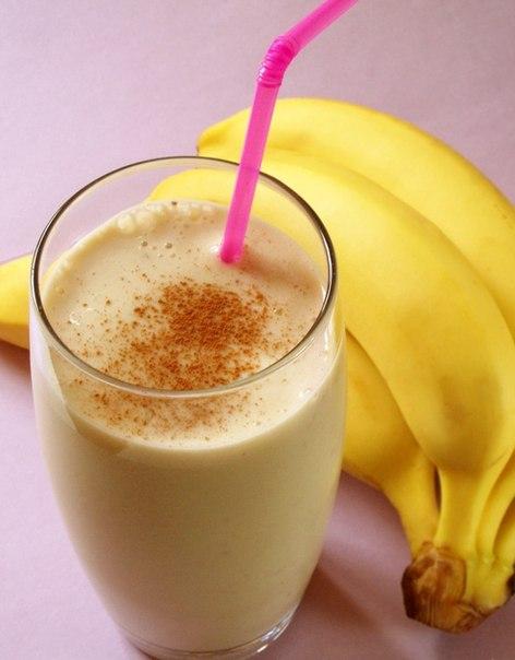 ...сироп 30 мл Измельченный в блендере банан 1 шт Молоко 150 мл.