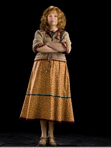 Ronald Weasley  Harry Potter Wiki  FANDOM powered by Wikia