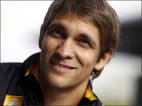 Виталий Петров, попавший в аварию во время Гран-При в Монако, отделался ушибами - Первый канал