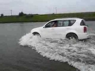 SsangYong Rexton in water
