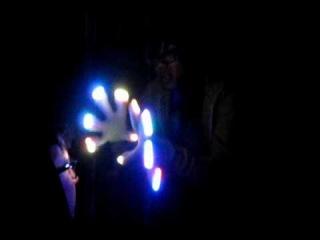 [Team Vivid Cupcake] Infinity Glove Set 27-mode MaxLights Light Show [OrbitLightShow.com]