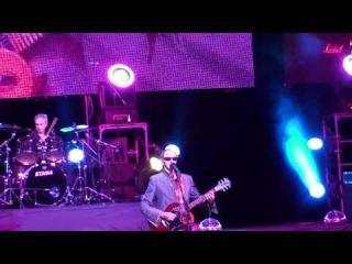 Пикник - Концерт 30 световых лет в Москве (Великан)