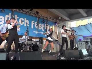 Molotov Jukebox - Sex Foot - Live Shoreditch Festival 2011