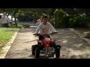 Прикол - малыш на квадроцикле !The little boy driving a motorcycle!