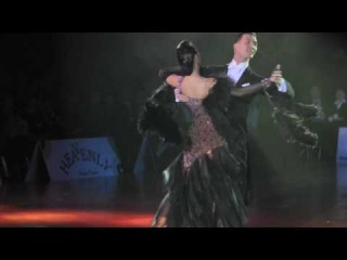 Show Foxtrot Victor Fung & Anna Mikhed HK Open 2009