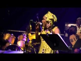 Questlove's Afro Picks - Soweto Blues with Macy Gray & Mamani Keita