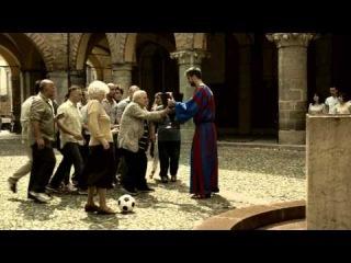 Футболист Барселоны Жерар Пике снялся в новом рекламном ролике компании SKY