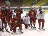 Сборная Беларуси провела первую тренировку под руководством финского специалиста Кари Хейккиля. Наши хоккеисты в Гомельском ледовом дворце разминались перед стартующим 10 ноября «Кубком Полесья»