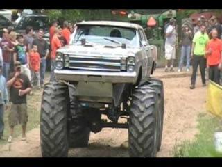 MUD Trucks 44