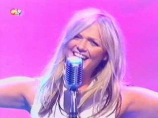 Emma Bunton - Free Me (Live @ SMTV 2003)