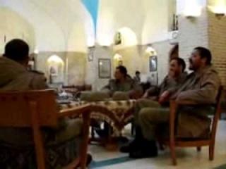 آوازخوانی زیبای یک سرباز ایرانی Iranian solder sings Shajarian