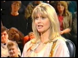 Olivia Newton-John with Ray Martin pt.1