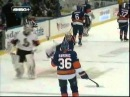 Robin Lehner elbows Kevin Poulin scrum ensues - MSG Feed