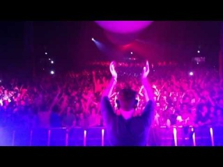 Tim Mason - Creamfields 2011 - Temper Trap - Sweet Disposition