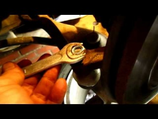 Замена рулевых наконечников авто Рено Логан
