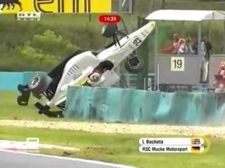 Bacheta's big crash in GP3 practice at Hungaroring