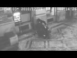 Попытался вырвать банкомат скутером
