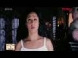 Jyothika dancing and undressing - Meri Jung: One Man Army