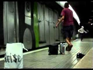 graffiti running граффити бомбинг graffiti bombing trane bombing трэйн бомбинг
