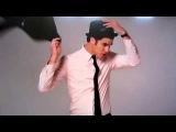 Darren Criss on E! News