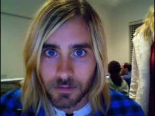 30 Seconds To Mars: Studio Webcam_Jared spying...