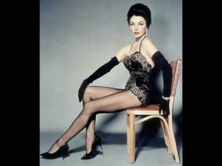 Movie Legends - Joan Collins (Reprise)