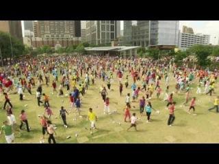 Dance Your Shoes Off  | http://vkontakte.ru/tthtv | Техас, Хьюстон, более чем 2000 верующих человек собрались отпраздновать воскресение Иисуса в центре города!