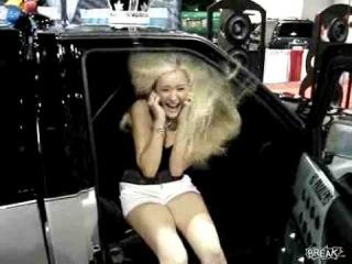 Testando o grave do som do carro