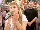 Караоке в Алчевске-Девушка поёт песню Тины Кароль