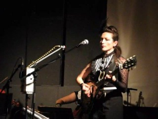My Brightest Diamond - To Pluto's Moon - Live in Bordeaux Oct 2008