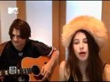 Эштон Катчер и дочь Деми Мур спели дуэтом