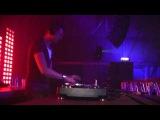 Menno de Jong plays Rank 1 vs. Jochen Miller - The Great Escape (Original Mix)