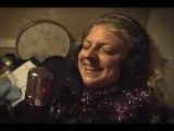 Laura Vane &amp The Vipertones - Christmas Day With Me