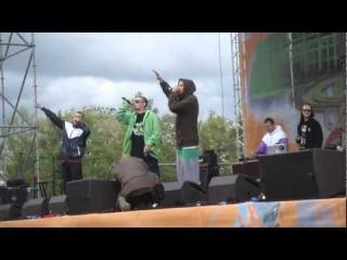 Guf в Лужниках 04/09/2011.Выход Айзы.Для неё/Ice baby