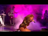 Beyonce - The Beautiful Ones & Sex On Fire (live Glastonbury 2011)
