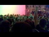 На входе на концерт Дай Дарогу в Минске