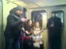 В метро после дискотеки поугарали 1 версия