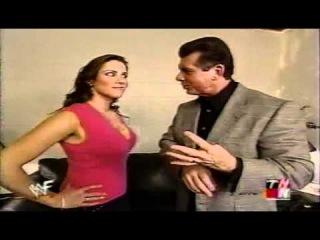 stephanie mcmahon backstage RAW IS WAR 2001-01-08