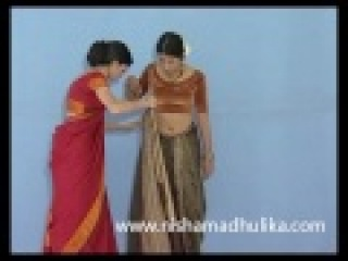 How to wear fishtail saree - Odissi Fishtail Style - NishaMadhulika