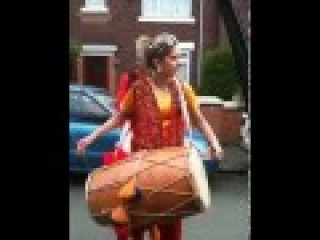 Pakistani Girl is drum beating