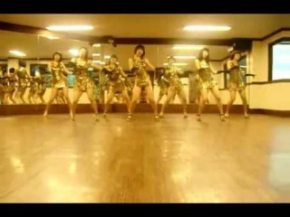 Korean girls dancing to Wondergirls 'Nobody'