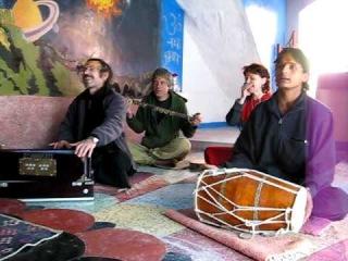 OM NAMAH SHIVA Bhajans From Mukandi Lal In BABAJI Italian Temple Haidakhan India