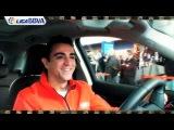 Bromas y risas en la entrega de coches del Barça