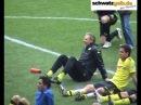Футбольные «Ультрас»«Ultras» Borussia Dortmund BVB - Wolfsburg Part 4/4 Kevin Grosskreutz bei den Fans Borussia Dor